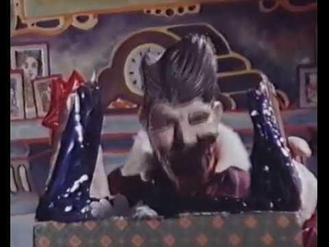 Rubbery Figures 1987: Gorbachev Easter gift Ronald Reagan
