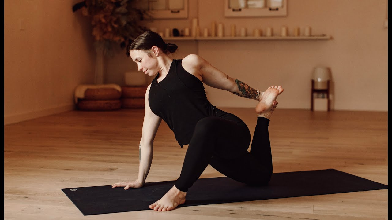 Download Welcoming Morning Yoga Flow   Yoga with Carling Harps