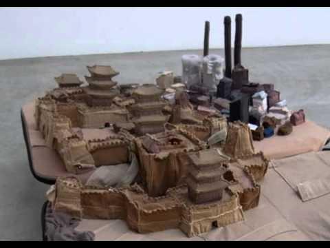 Suitcase Architecture of Yin Xiuzhen