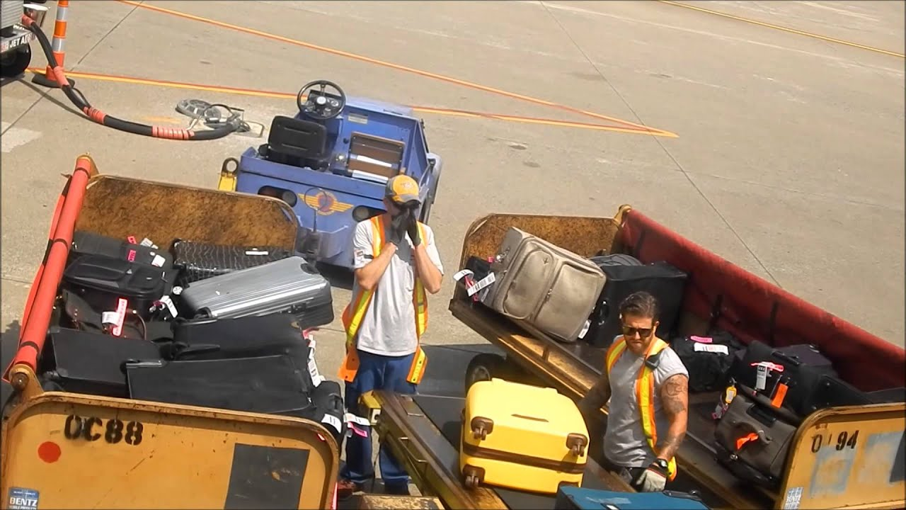 Nashville International Airport Southwest Airlines Baggage Handlers