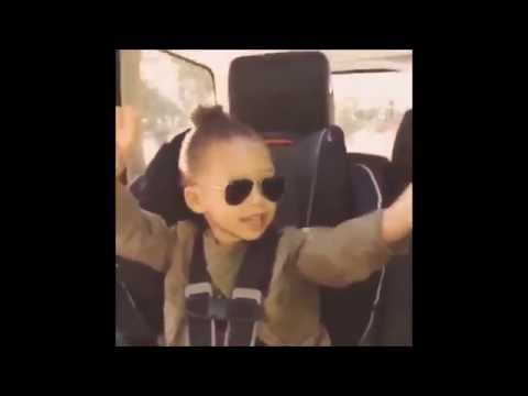 RILEY CURRY & WARRIORS Sing