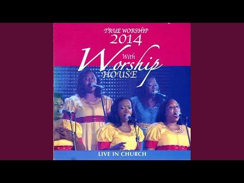 Ke Mmoni Jeso (Live)