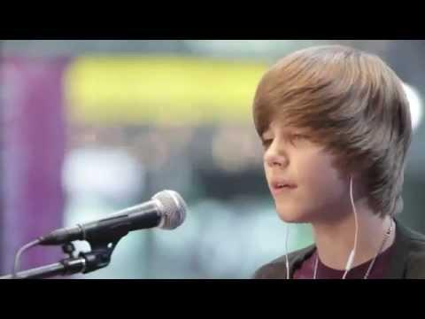 Justin Bieber - Acoustic Favorite Girl Live MTV 2009 HD
