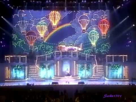 松田聖子 Live Vanity Fair '96の放送版より。 ソフト版には収録されていないヒット曲集です。 ---- from Live Vanity Fair '96 ------- 1.ガラスの林檎 2.瞳はダ...