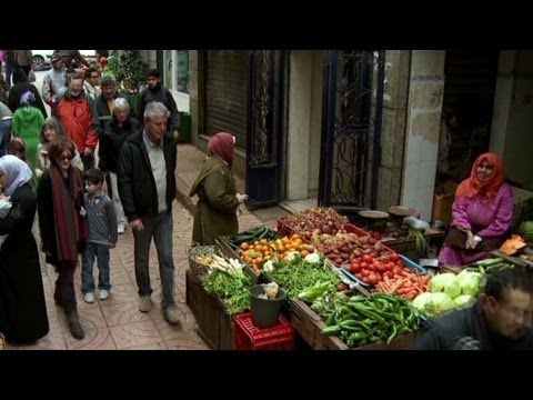 Anthony Bourdain explores the souk in Tangier, Morocco (Parts Unknown)