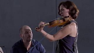 Damian Barbeler & Anna McMichael | Piece for Violin and Ball of Wool