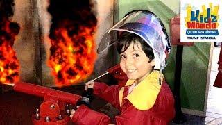 SADO İTFAİYECİ OLDU ! Çocuk Meslek Şehri | Sado Pretend Play with Costumes for kids