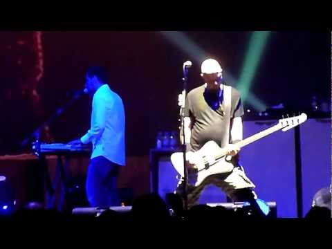 """System of a Down """"Suit-Pee"""" & """"War"""" @ The Forum Inglewood, CA. 5-24-2011"""