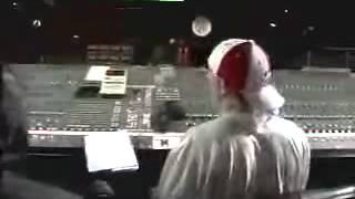 Video Eminem in the recording  studio part 1 download MP3, 3GP, MP4, WEBM, AVI, FLV Mei 2018