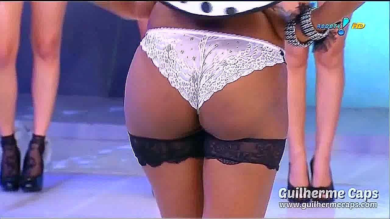 Женское нижнее белье на бразильском телевидение/Lingerie Show Live On Brazilian Television