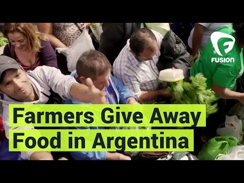 Argentina Farmers Protest By Giving Away Food