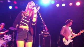 Katelyn Tarver covers Love On Top by Beyonce at The Roxy in Hollywood 8-30-2011