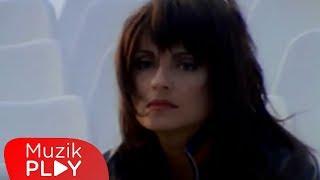 Ayşegül Aldinç - Beni Hatırla (Video)