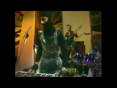 The Rah Band   The Crunch Live) TOTP 1977   YouTube