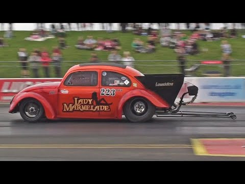 'Lady Marmelade' VW Beetle runs 9.76 at 148 mph