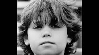 James Dean,Jim Morrison,Ian Curtis,River Phoenix,Kurt Cobain,Corey Haim-Off He Goes