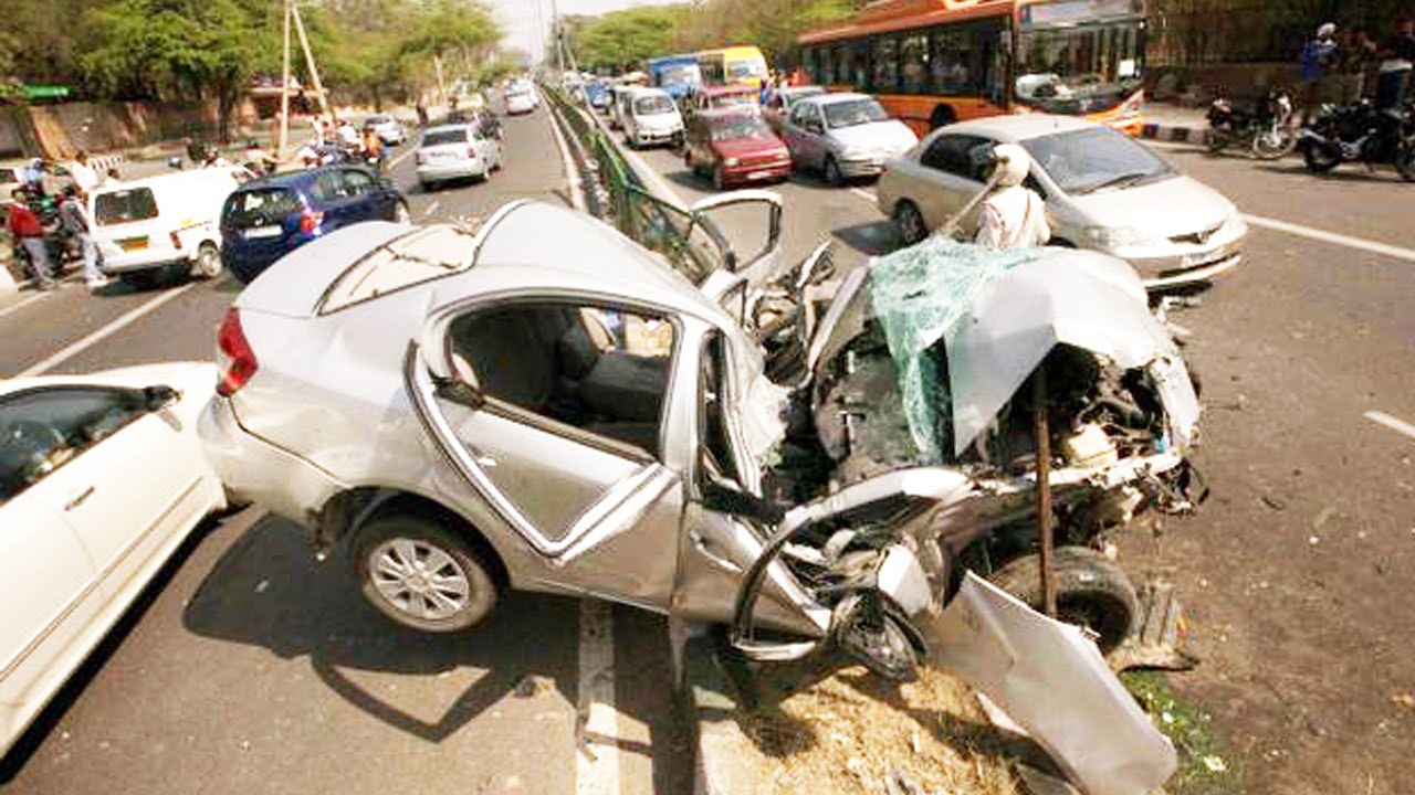 Latest Car Accident of Maruti Suzuki SX4 in India - Road ...