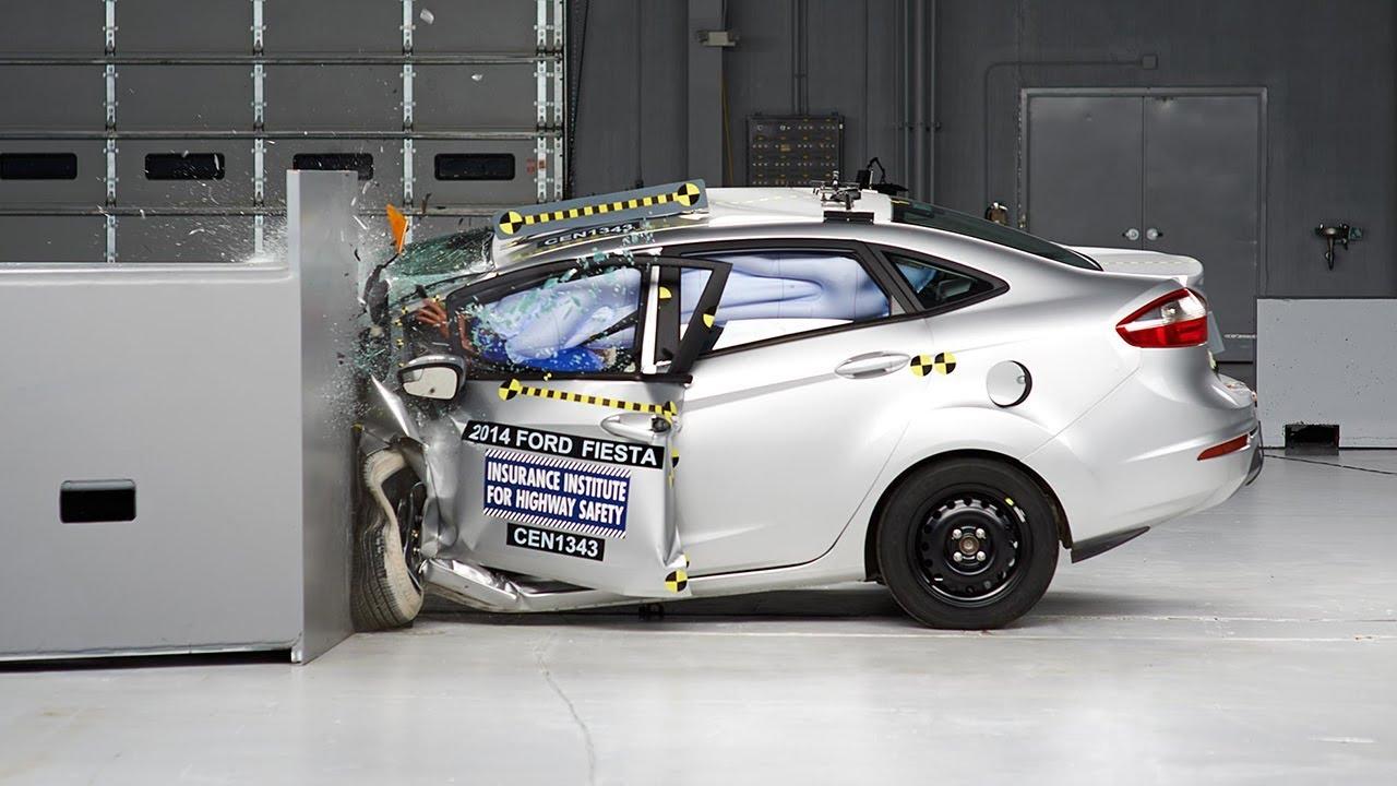 Ford Fiesta Sedan >> 2014 Ford Fiesta sedan driver-side small overlap IIHS crash test - YouTube