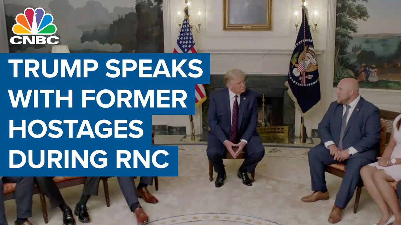 President Donald Trump speaks with former hostages during 2020 Republican National Convention