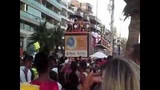 Carnaval 2013 Praia do Forte Cabo Frio. ATENÇÃO! Este vídeo tem cenas impróprias todas idades