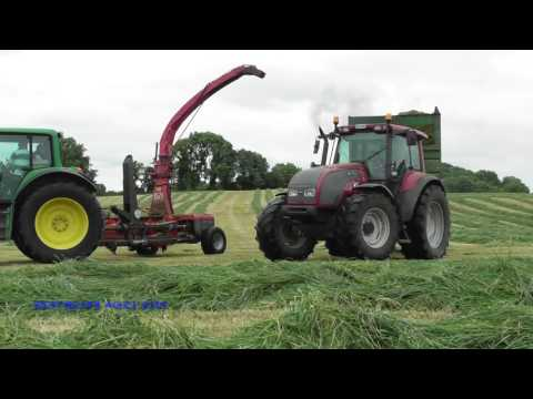 James Wallace Agri Cutting Silage (2017)