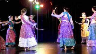 Dola Dola - Bride & Prejudice by Kingha & students