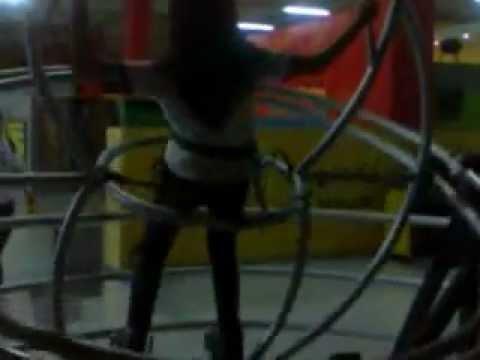 Philippine Science Centrum- Human Gyro Ride :)