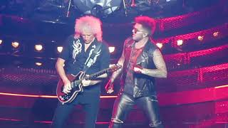 Queen + Adam Lambert - We Will Rock You / Hammer To Fall, Chicago July 13 2017