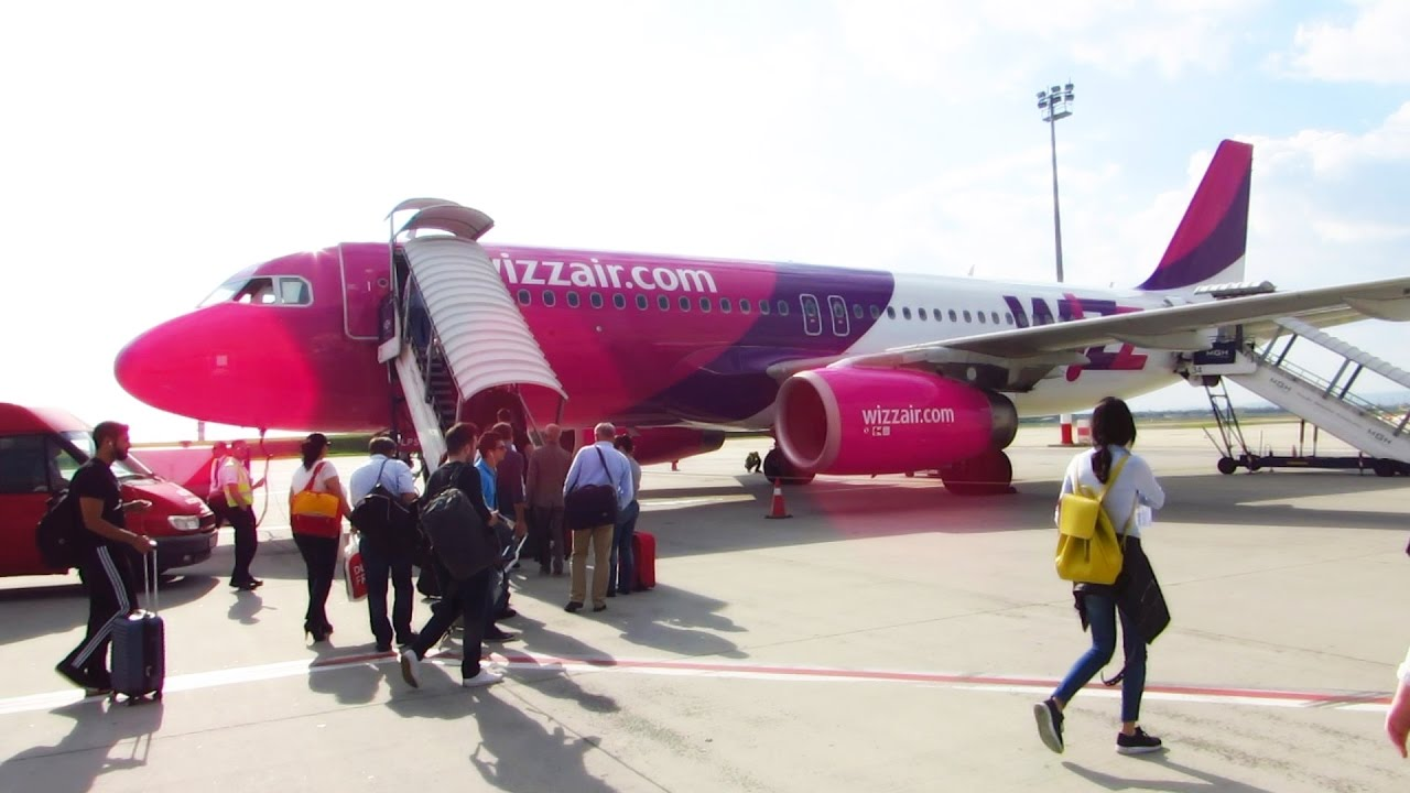 TRIP REPORT | WIZZAIR A320 | First Flight Budapest to Bucharest | Full  Experience! [Full HD] - YouTube