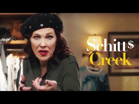 People think 'Schitt's Creek' couple is married in real life