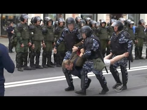 Putin rival arrested as anti-corruption protests sweep Russia