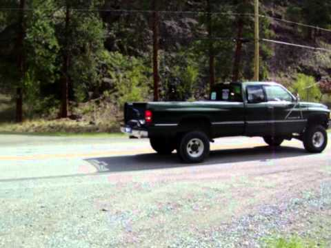 1996 dodge ram 2500 v10 burn out  YouTube