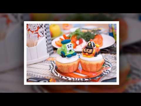 Смотреть Как украсить торт на день рождение для мальчика