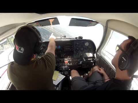 Cessna 310 Flying around downtown Montreal, Quebec Take off, Landing HD1080 GOPRO