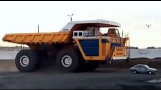 Utter Destruction! 500-Ton Dump Truck Versus Passenger Vehicle