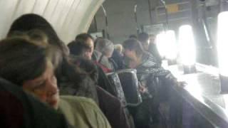 Песни под гармошку в московском метро