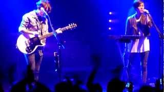 Tegan and Sara - Band introductions / Closer - O2 Academy Bristol - 11th Nov 2012