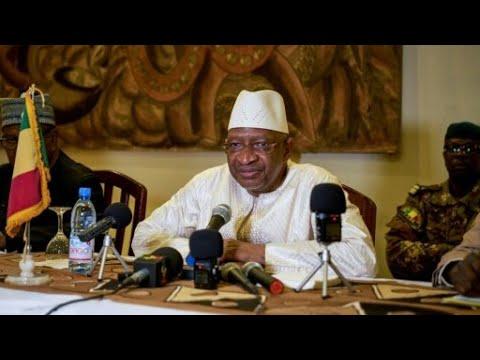 استقالة رئيس وزراء مالي وحكومته بسبب تصاعد العنف في البلاد  - نشر قبل 2 ساعة