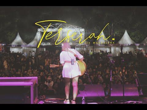 TERSERAH!!! BAPER BANGET!!!  (COVER BY LIA MAGDALENA AT BOROBUDUR NITE)