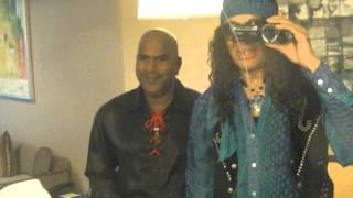 Riki Hendrix's friends in Singapore