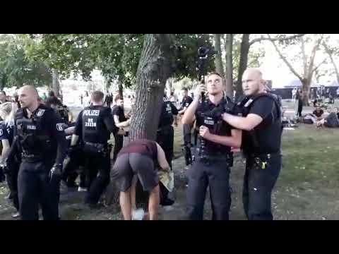 Nach Pöbeleien wegen Festnahme bei Hanfparade: Kiffer verteidigen die Polizei | Berliner Zeitung
