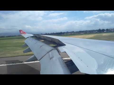 Turkish Airline Airbus A330-300 Landing in Algiers Airport
