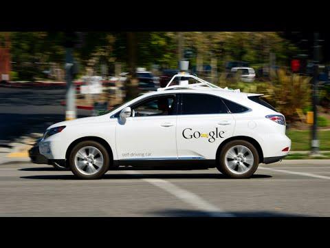 Google Drives Ahead in Race to Autonomous Cars
