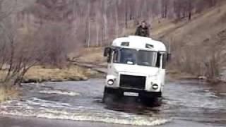 переправа автобуса ГАЗ через реку(, 2010-05-17T13:14:35.000Z)