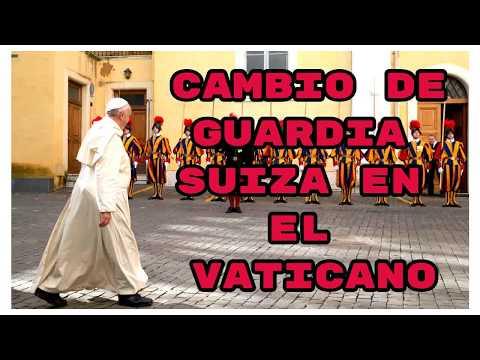 Cambio de guardia en el Vaticano (change of guards)