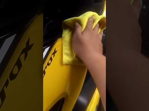 MAINTENANCE/PERAWATAN BODY GLOSS MOTOR  DENGAN OBAT POLES D62