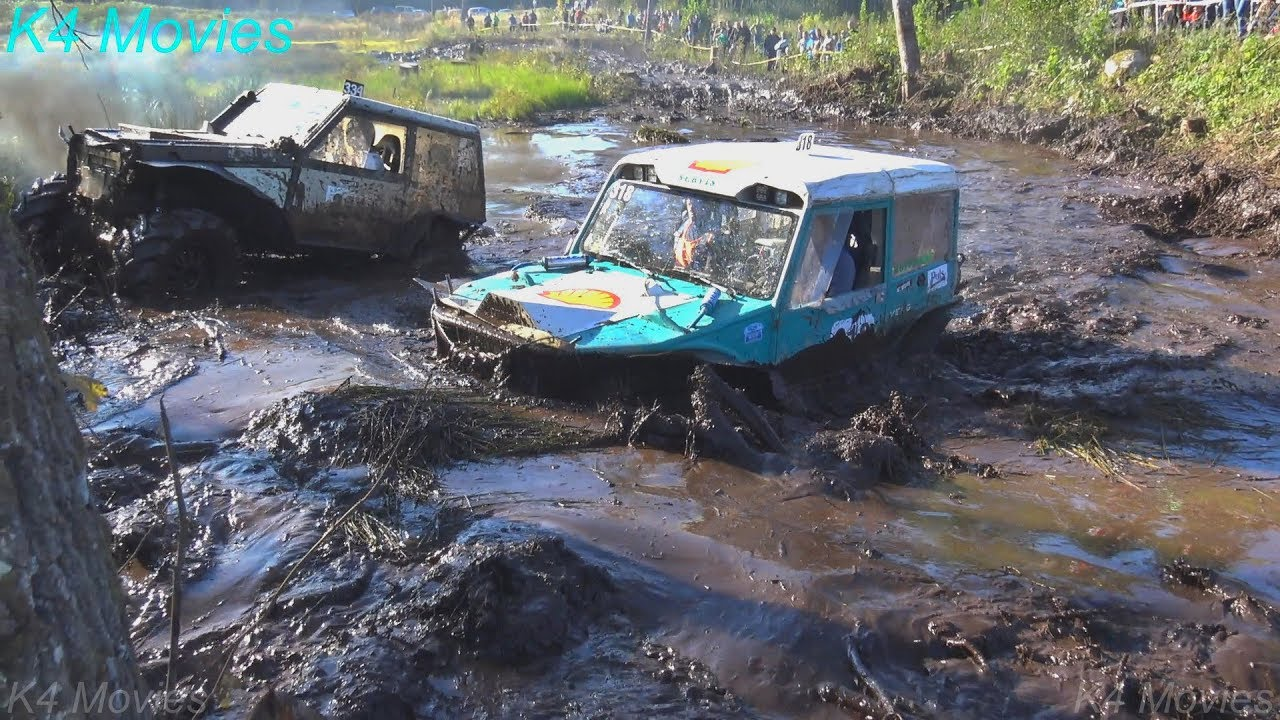 4x4 Off-Road vehicle mud, water race