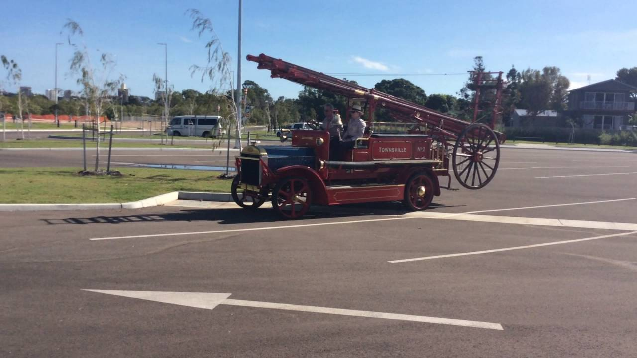 Old Townsville Fire Engine 1916 Dennis type N