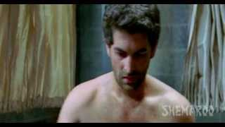 Police makes neil nitin mukesh take off his clothes - jail - bollywood movie