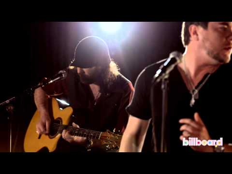 Eli Young Band Performs 'Dust' at Billboard Studios